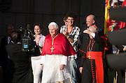 Pope Benedicts official entrance into Madrid via Puerta al Alcala