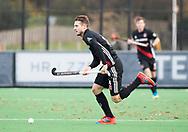 BLOEMENDAAL -  Nicky Leijs (A'dam) . Hockey hoofdklasse heren, Bloemendaal-Amsterdam (2-0) . COPYRIGHT KOEN SUYK