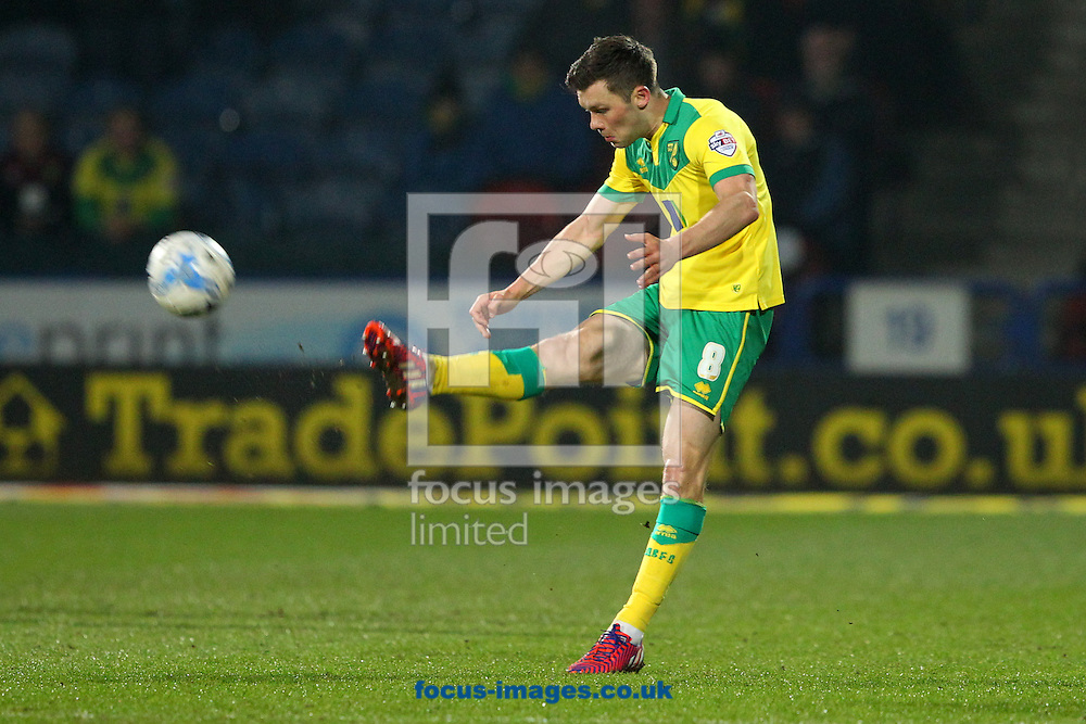 Jonny Howson of Norwich in action during the Sky Bet Championship match at the John Smiths Stadium, Huddersfield<br /> Picture by Paul Chesterton/Focus Images Ltd +44 7904 640267<br /> 17/03/2015