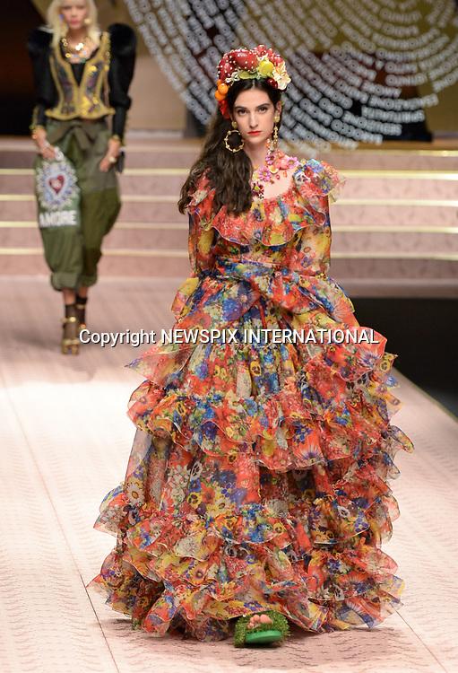 537c13bb09c Dolce  amp  Gabbana - Milan Fashion Week SS2019