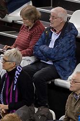 21-02-2016 NED: Bekerfinale Abiant Lycurgus - Landstede Volleybal, Almere<br /> Lycurgus viert een feestje als zij de Nationale beker winnen door Landstede Volleybal met 3-1 te verslaan / Support publiek Cor den Braver