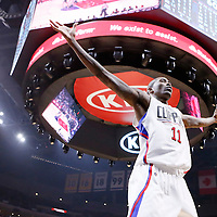09 November 2015: Los Angeles Clippers guard Jamal Crawford (11) is seen on defense during the Los Angeles Clippers 94-92 victory over the Memphis Grizzlies, at the Staples Center, in Los Angeles, California, USA.