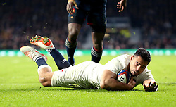 Ben Te'o of England scores the winning try against France - Mandatory by-line: Robbie Stephenson/JMP - 04/02/2017 - RUGBY - Twickenham - London, England - England v France - RBS Six Nations