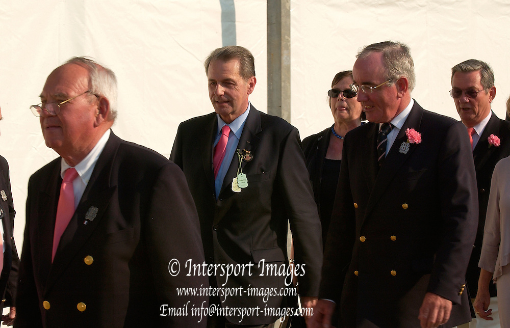 Henley Royal Regatta. Henley-on-Thames,  ENGLAND, Sunday, 02.07.2006. Prize giving party, left to right Hart PERRY, Jaqueas ROGGE, Mike SWEENEY, Mrs ROGGE, Richard GODDARD,  Photo  Peter Spurrier/Intersport Images. email images@intersport-images.com... Henley Royal Regatta, Rowing Courses, Henley Reach, Henley, ENGLAND [Mandatory credit; Peter Spurrier/Intersport Images] 2006 . HRR.