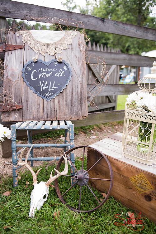 Jameson & Lacey Wedding Album Samples | Ormond Plantation & Destrehan Plantation | 1216 Studio Wedding Photography
