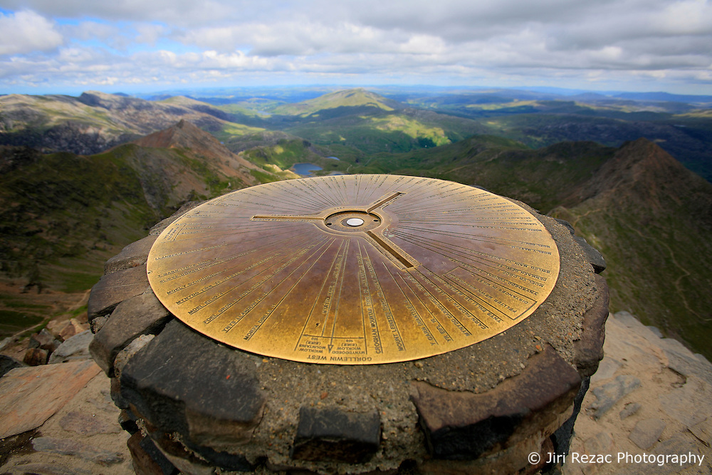 UK WALES LLANBERIS 15JUN08 - View from the summit of Mount Snowdon,  the highest mountain in England and Wales in Snowdonia National Park, Wales...jre/Photo by Jiri Rezac ..© Jiri Rezac 2008..Contact: +44 (0) 7050 110 417.Mobile:  +44 (0) 7801 337 683.Office:  +44 (0) 20 8968 9635..Email:   jiri@jirirezac.com.Web:    www.jirirezac.com..© All images Jiri Rezac 2008 - All rights reserved.