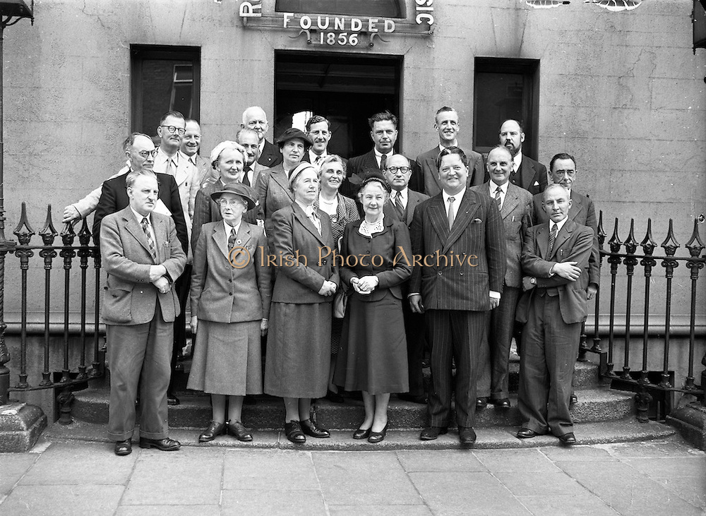 10/7/1952<br />