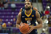 FORT WORTH, TX - JANUARY 4: Jaysean Paige #5 of the West Virginia Mountaineers shoots a free-throw against the TCU Horned Frogs on January 4, 2016 at Ed and Ray Schollmaier Arena in Fort Worth, Texas.  (Photo by Cooper Neill/Getty Images) *** Local Caption *** Jaysean Paige