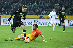 11.12.2014, Borussia Park, Moenchengladbach, GER, UEFA EL, Borussia Moenchengladbach vs FC Zuerich, Gruppe A, im Bild Patrick Herrmann (Borussia Moenchengladbach #7) mit dem Fuehrungs Tor zum 1:0 gegen Torwart David Da Costa (FC Zuerich #1) // during the UEFA Europaleague Group A match between Borussia Moenchengladbach and FC Zuerich at the Borussia Park in Moenchengladbach, Germany on 2014/12/11. EXPA Pictures &copy; 2014, PhotoCredit: EXPA/ Eibner-Pressefoto/ Schueler<br /> <br /> *****ATTENTION - OUT of GER*****