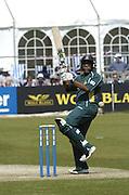 2005 G&G, Sussex vs Nottingham at Hove, ENGLAND, 15.05.2005, Notts batting..Photo  Peter Spurrier. .email images@intersport-images...