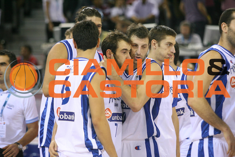 DESCRIZIONE : Madrid Spagna Spain Eurobasket Men 2007 Qualifying Round Grecia Croazia Greece Croatia <br /> GIOCATORE : Vasileios Spanoulis Theodoros Papaloukas Team Grecia Greece <br /> SQUADRA : Grecia Greece <br /> EVENTO : Eurobasket Men 2007 Campionati Europei Uomini 2007 <br /> GARA : Grecia Croazia Greece Croatia <br /> DATA : 09/09/2007 <br /> CATEGORIA : Eusltanza <br /> SPORT : Pallacanestro <br /> AUTORE : Ciamillo&amp;Castoria/A.Vlachos <br /> Galleria : Eurobasket Men 2007 <br /> Fotonotizia : Madrid Spagna Spain Eurobasket Men 2007 Qualifying Round Grecia Croazia Greece Croatia <br /> Predefinita :