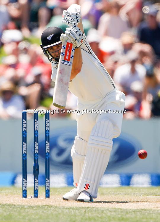 Kane Williamson plays a shot. First day, ANZ Boxing Day Cricket Test, New Zealand Black Caps v Sri Lanka, 26 December 2014, Hagley Oval, Christchurch, New Zealand. Photo: John Cowpland / photosport.co.nz