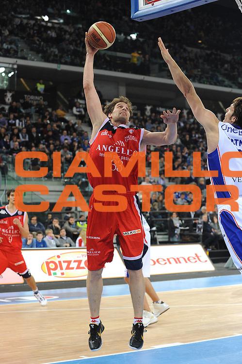 DESCRIZIONE : Torino Coppa Italia Final Eight 2011 Quarti di Finale Bennet Cantu Angelico Biella<br /> GIOCATORE : Goran Jurac<br /> SQUADRA : Angelico Biella<br /> EVENTO : Agos Ducato Basket Coppa Italia Final Eight 2011<br /> GARA : Bennet Cantu Angelico Biella<br /> DATA : 11/02/2011<br /> CATEGORIA : Penetrazione Tiro<br /> SPORT : Pallacanestro<br /> AUTORE : Agenzia Ciamillo-Castoria/ L.Goria<br /> Galleria : Final Eight Coppa Italia 2011<br /> Fotonotizia : Torino Coppa Italia Final Eight 2011 Quarti di finale Bennet Cantu Angelico Biella<br /> Predefinita :