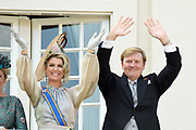 Op Prinsjesdag 2018 spreekt het staatshoofd in de Staten-Generaal van het Koninkrijk der Nederlanden in verenigde vergadering bijeen de troonrede uit. Daarin geeft de regering aan wat het regeringsbeleid zal zijn voor het komende jaar. <br /> <br /> On State Opening of Parlement (Prinsjesdag) 2018, the head of state in the States-General of the Kingdom of the Netherlands meets in a joint meeting the speech of the throne. In it, the government indicates what the government policy will be for the coming year.<br /> <br /> op de foto / On the photo:  Koning Willem Alexander en  koningin Maxima / King Willem Alexander and Queen Maxima