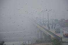 akistan: First fog in Lahore, 1 Nov. 2016