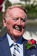 Vin Scully selected as 2014 Tournament of Roses Gard Marshal