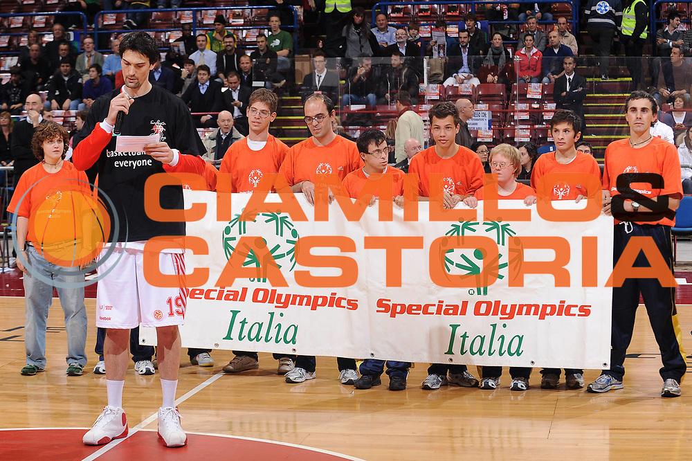 DESCRIZIONE : Milano Eurolega 2009-10 Armani Jeans Milano BC Khimki<br /> GIOCATORE : Joey Beard Special Olympics Italia<br /> SQUADRA : Armani Jeans Milano<br /> EVENTO : Eurolega 2009-2010<br /> GARA : Armani Jeans Milano BC Khimki<br /> DATA : 12/11/2009<br /> CATEGORIA : ritratto<br /> SPORT : Pallacanestro<br /> AUTORE : Agenzia Ciamillo-Castoria/A.Dealberto<br /> Galleria : Eurolega 2009-2010<br /> Fotonotizia : Milano Eurolega 2009-10 Armani Jeans Milano BC Khimki<br /> Predefinita :