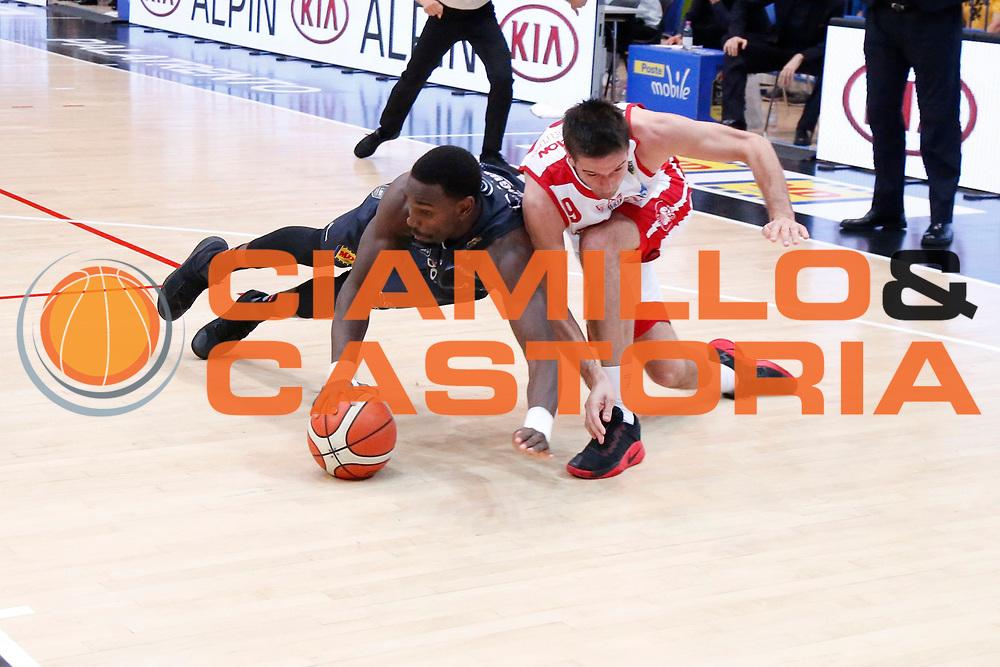 Dustin Hogue<br /> Dolomiti Energia Aquila Basket Trento - EA7 Emporio Armani Olimpia Milano<br /> Semifinale Gara 4, Lega Basket Serie A 2016/2017<br /> PalaTrento 31/05/2017<br /> Foto Ciamillo-Castoria / M.Brondi