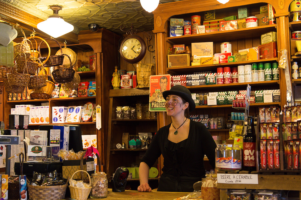 J.A. Moisan, the oldest grocery store (epicerie) in North America located in the Quartier St. Jean Baptiste along rue St. Jean, also has a 4 room Bed and Breakfast above.