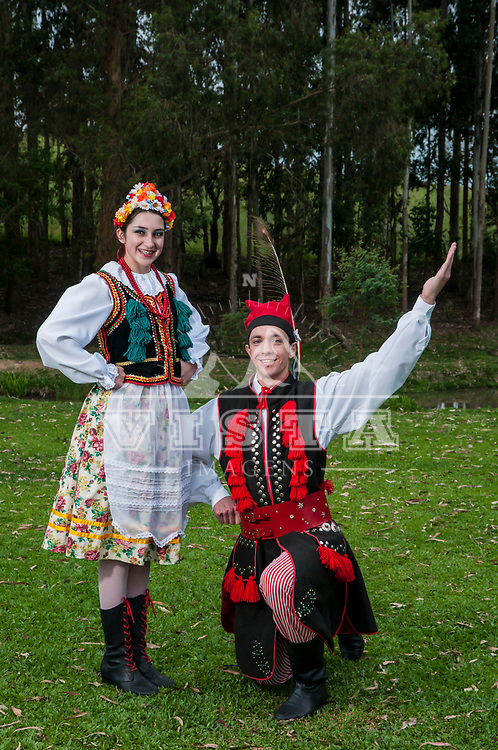 Wenzi Polski, grupo de dancas tipicas polonesas, polish typical dance group. Itaiopolis, Santa Catarina, Brasil, foto de Ze Paiva, Vista Imagens.