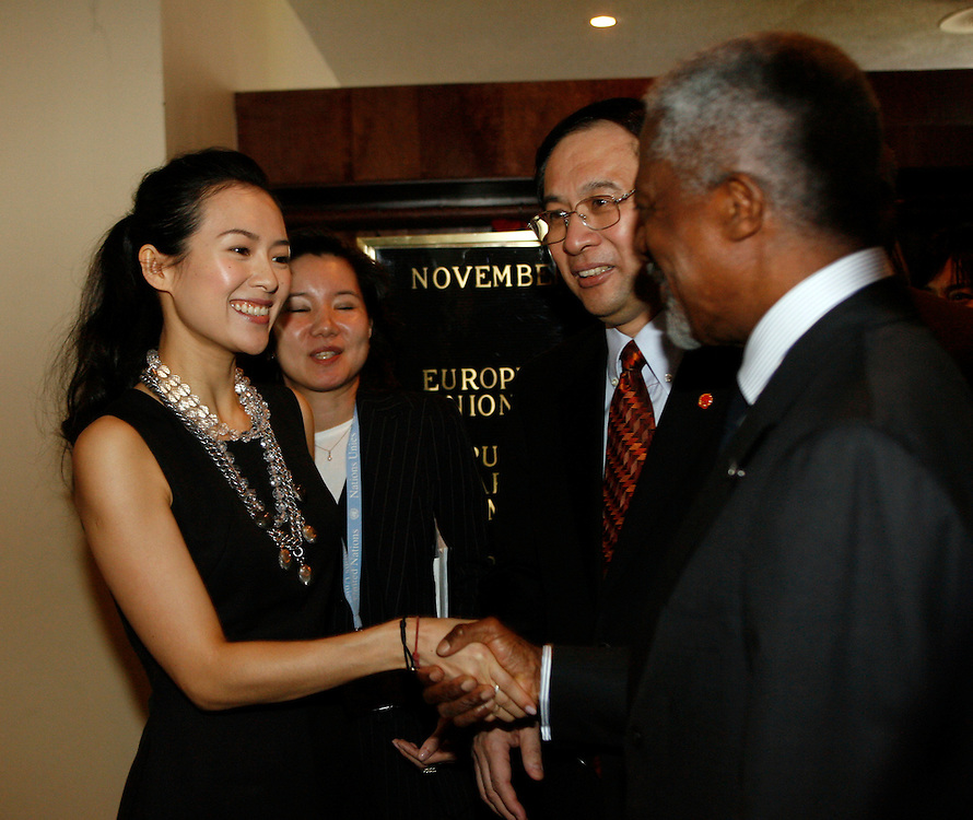 Actress Ziyi Zhang greets U.N. Secretary-General Kofi Annan at a special event to promote the 2007 Special Olympics World Summer Games in Shanghai at U.N. Headquarters in New York on Thursday 10 November 2006.<br />