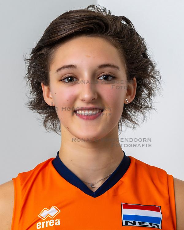 21-12-2018 NED: Photoshoot selection of Orange Young Girls, Arnhem <br /> Orange Young Girls 2018 - 2019 / Dagmar Mourits #9