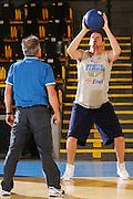 DESCRIZIONE : Bormio Raduno Collegiale Nazionale Maschile Preparazione Fisica <br /> GIOCATORE : Valerio Amoroso <br /> SQUADRA : Nazionale Italia Uomini <br /> EVENTO : Raduno Collegiale Nazionale Maschile <br /> GARA : <br /> DATA : 21/07/2008 <br /> CATEGORIA : Allenamento <br /> SPORT : Pallacanestro <br /> AUTORE : Agenzia Ciamillo-Castoria/S.Silvestri <br /> Galleria : Fip Nazionali 2008 <br /> Fotonotizia : Bormio Raduno Collegiale Nazionale Maschile Preparazione Fisica <br /> Predefinita :