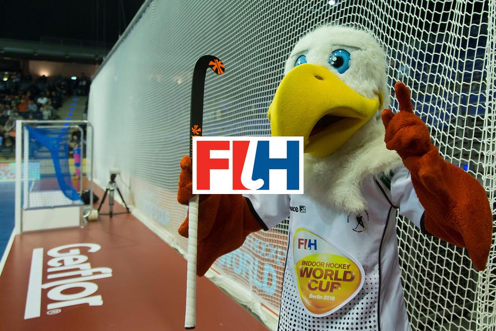 Hockey, Seizoen 2017-2018, 08-02-2018, Berlijn,  Max-Schmelling Halle, WK Zaalhockey 2018 MEN, Poland - Germany 3-6, Mascotte