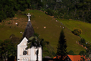 Domingos Martins_ES, Brasil...Torre da igreja da cidade de Domingos Martins...The tower church in Domingos Martins...Foto: LEO DRUMOND / NITRO