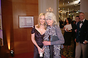 JILLY COOPER AND J.K. ROWLING, 17th Annual Book Awards, hosted by richard and Judy. grosvenor House. London. 29 March 2006. ONE TIME USE ONLY - DO NOT ARCHIVE  © Copyright Photograph by Dafydd Jones 66 Stockwell Park Rd. London SW9 0DA Tel 020 7733 0108 www.dafjones.com