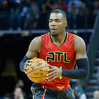 01 November 2015: Atlanta Hawks forward Paul Millsap (4) looks to pass the ball during the Atlanta Hawks 94-92 victory over the Charlotte Hornets, at the Time Warner Cable Arena, in Charlotte, North Carolina, USA.