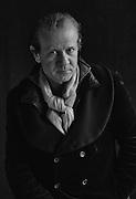 """Abbès Zahmani par Sylvain Labeste Portraits d'acteurs et de techniciens sur le tournage de """"Nos Vies Formidables"""" de Fabienne Godet. Lumière naturelle. Janvier 2017."""