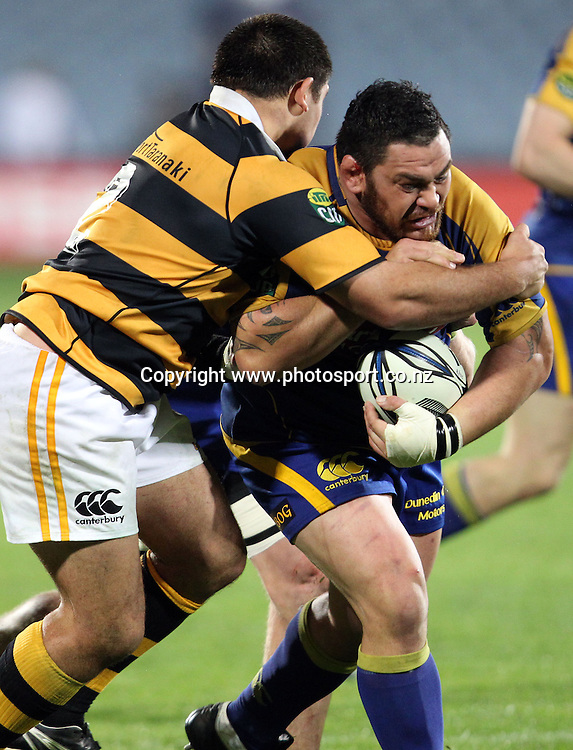 Kees Meeuws on the charge.<br /> Rugby - ITM Cup - Otago v Taranaki, 26 August 2010, Carisbrook, Dunedin, New Zealand.<br /> Photo: Rob Jefferies/PHOTOSPORT