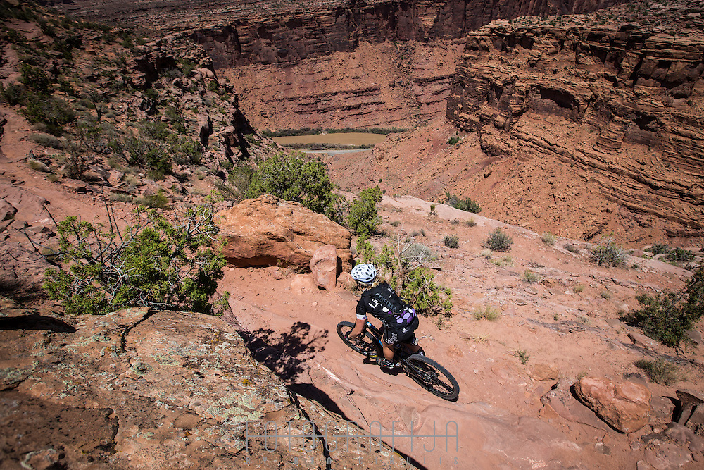 Nearing the end of the classic Porcupine Rim trail, on descent to the Colarado River.