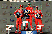 Helio Castroneves, Scott Dixon, Ryan Briscoe, Peak Antifreeze and Motor Oil Indy 300, Chicagoland Speedway, Joliet, IL USA  8/29/08