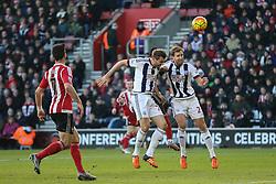 West Bromwich Albion defend against Southampton - Mandatory by-line: Jason Brown/JMP - 07966386802 - 16/01/2016 - FOOTBALL - Southampton, St Mary's Stadium - Southampton v West Bromwich Albion - Barclays Premier League