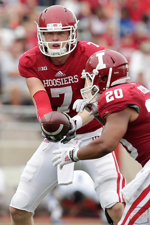 Indiana Hoosiers quarterback Nate Sudfeld (7) as the Indiana Hoosiers played the Indiana State Sycamores in a college football game in Bloomington, IN.
