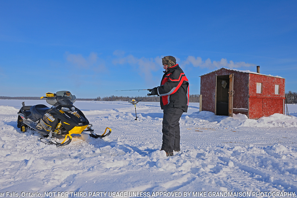 Ice fishing on Pakwash Lake<br />