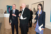 MICHAEL LANDY; BILL WOODROW; GILLIAN WEARING, Royal Academy of Arts Annual dinner. Royal Academy. Piccadilly. London. 1 June <br /> <br />  , -DO NOT ARCHIVE-© Copyright Photograph by Dafydd Jones. 248 Clapham Rd. London SW9 0PZ. Tel 0207 820 0771. www.dafjones.com.