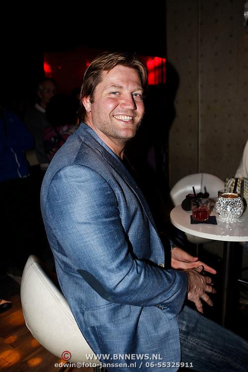 """NLD/Amsterdam/20100308 - Boekpresentatie """" De 100 Beste Clubs van Nederland"""" , Dennis van der Geest"""