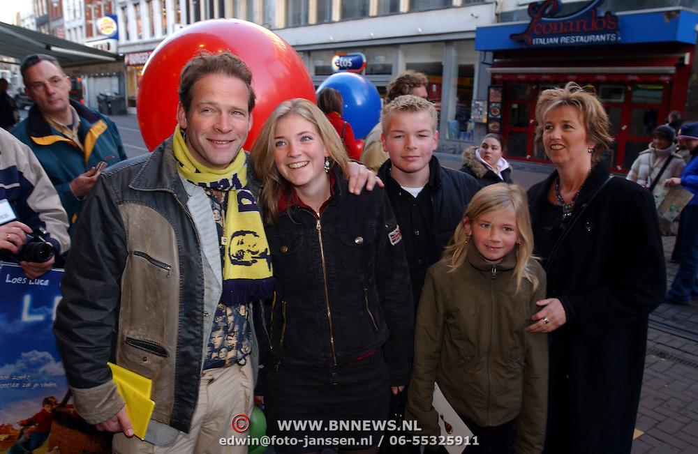 Premiere film Lepel, Eric van Muiswinkel, vrouw en kinderen