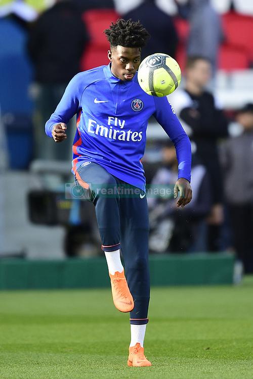 March 14, 2018 - Paris, France, France - echauffement des joueurs du PSG.Timothy Weah  (Credit Image: © Panoramic via ZUMA Press)