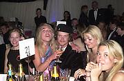 Jack Kidd, Jemma Kidd. The Louis Vuitton Clasic. Hurlingham Club, London. 2 June 2001. © Copyright Photograph by Dafydd Jones 66 Stockwell Park Rd. London SW9 0DA Tel 020 7733 0108 www.dafjones.com
