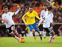 Valencia's Jose Gaya, Enzo Perez  and UD Las Palmas' Momo  during La Liga match. November 21, 2015. (ALTERPHOTOS/Javier Comos)