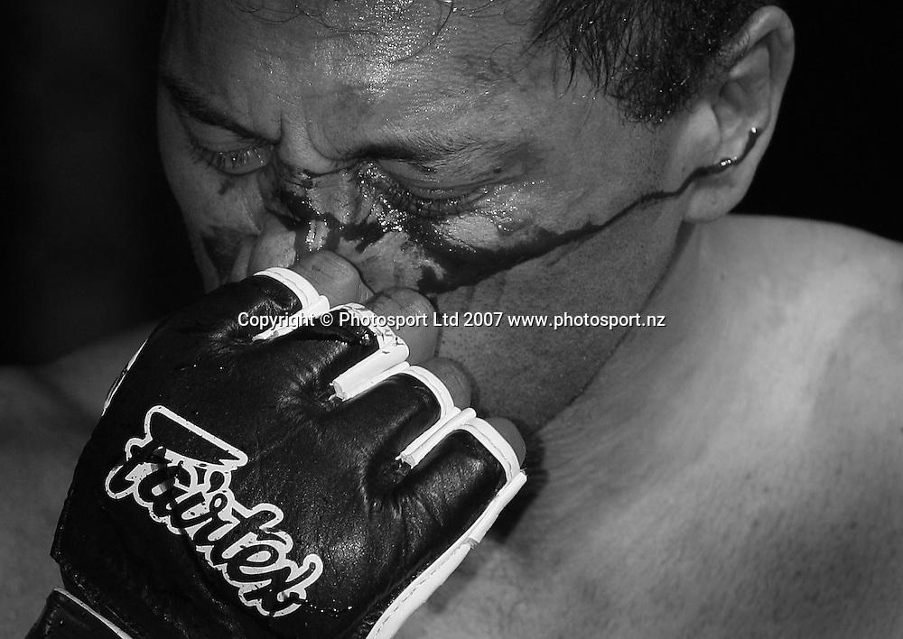 Cage fighting feature. Wellington, New Zealand. 18 September 2007. Photo: Chris Skelton/PHOTOSPORT