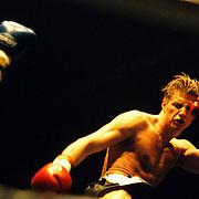 Kickbox boks gala in de Bun Huizen, Troost (rechts) - Dissel