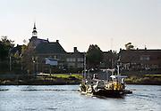 Nederland, Horst, 9-9-2008Het veerpontje tussen Lottum en Lomm in Noord Limburg. De veerpont heeft het steeds moeilijker omdat vervanging van de oude vaartuigen te duur is. Foto: Flip Franssen/Hollandse Hoogte