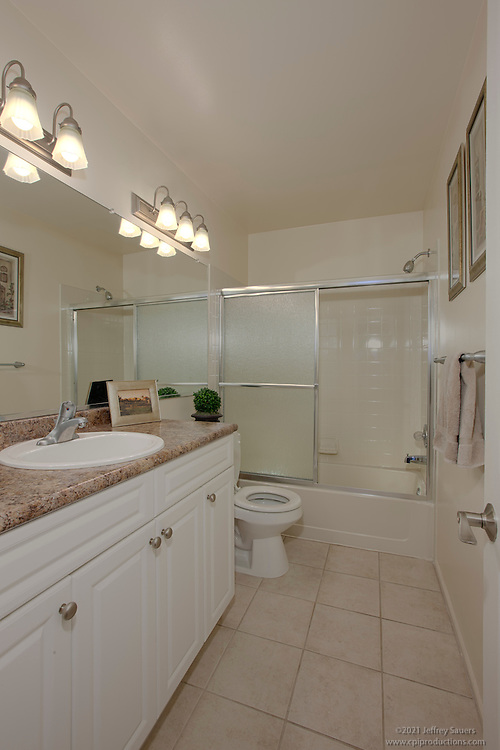 McDonogh Township Apartments interior image of Bathroom at model unit by Jeffrey Sauers of Commercial Photographics