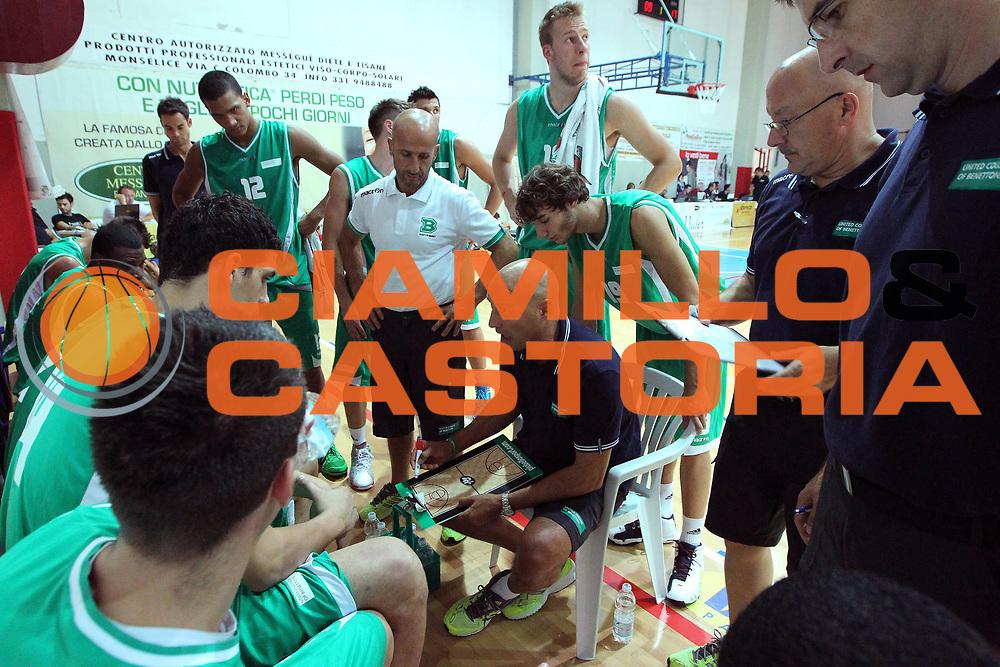 DESCRIZIONE : Solesino Lega A 2011-12 Benetton Treviso Vanoli Braga Cremona<br /> GIOCATORE : Djordjevic Aleksandar Coach<br /> SQUADRA : Benetton Treviso<br /> EVENTO : Campionato Lega A 2011-2012 <br /> GARA : Benetton Treviso Vanoli Braga Cremona<br /> DATA : 09/09/2011<br /> CATEGORIA : Time Out<br /> SPORT : Pallacanestro <br /> AUTORE : Agenzia Ciamillo-Castoria/G.Contessa<br /> Galleria : Lega Basket A 2011-2012 <br /> Fotonotizia : Solesino Lega A 2011-12 Benetton Treviso Vanoli Braga Cremona<br /> Predefinita :