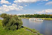 Dampfer auf der Elbe, Johannstadt, Dresden, Sachsen, Deutschland.|.river Elbe, Johannstadt, Dresden, Germany